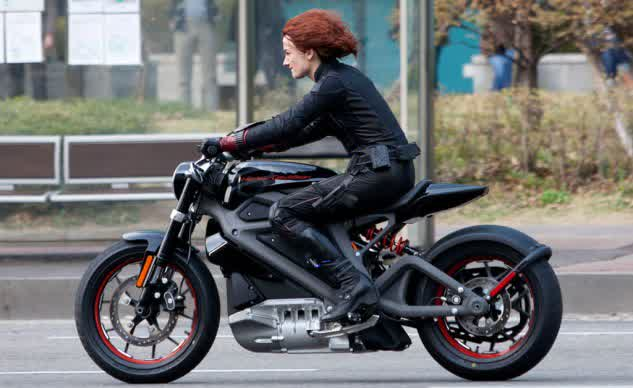 061814-harley-davidson-livewire-electric-avengers-sipausa_13362379-633x388