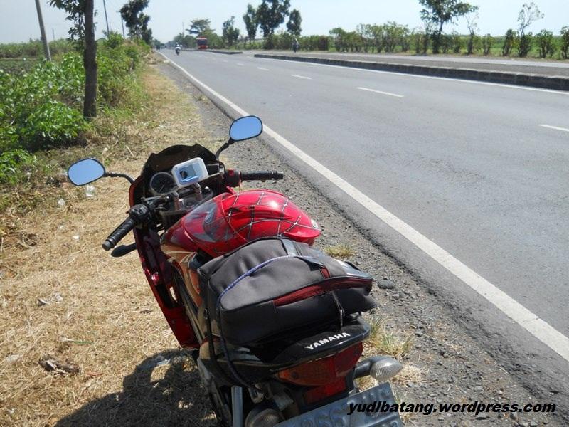 naik motor sendirian