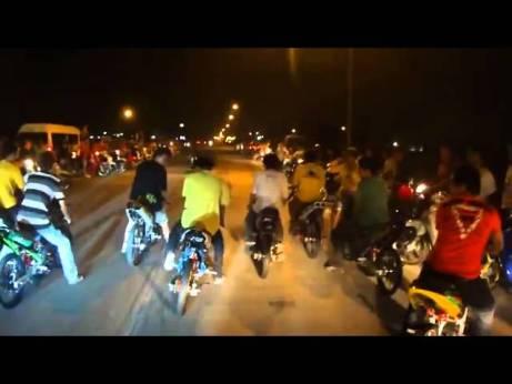 Drag-Bike-Liar-di-Thailand-v-vgAa3mPkaRs