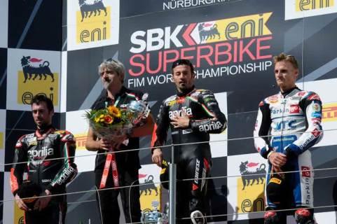 nurburgring_podium_800