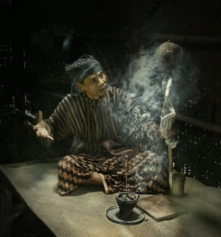 ada_mbah_dukun