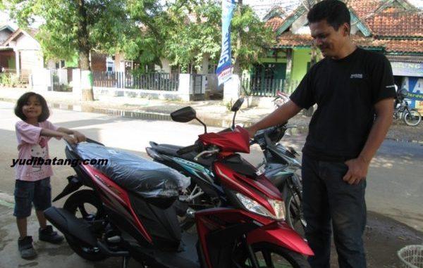mengecek kondisi motor