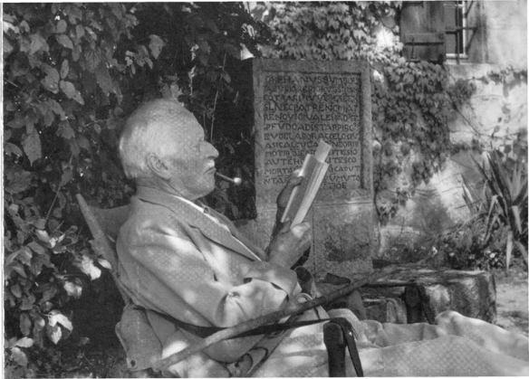 Yung Психоанализ о душе и смерти: в душе заключено не меньше загадок, чем во вселенной. Карл Густав Юнг о загадке жизни и психики и о готовности к смерти. Смерти, - есть осуществление смысла жизни и ее доподлинная цель.
