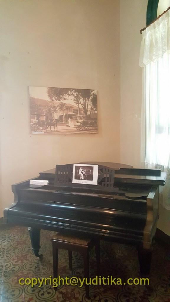 piano tua tjong a fie