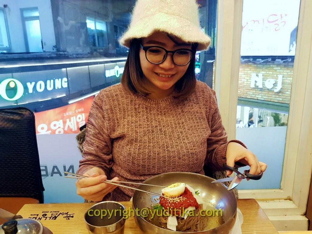 naengmyeon mie dingin korea