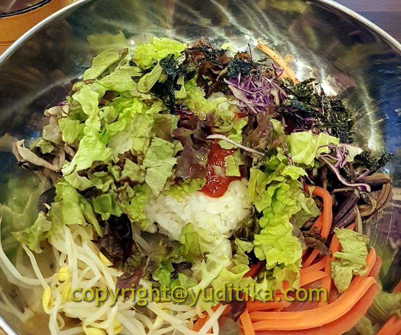 bibimbap kuliner khas korea di myeongdong