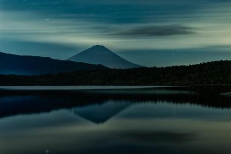 Yuga Kurita Fuji reflected in Lake Saiko_9E49189