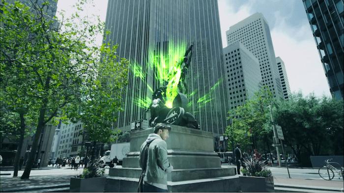 どうやらこの銅像がポータルのようです