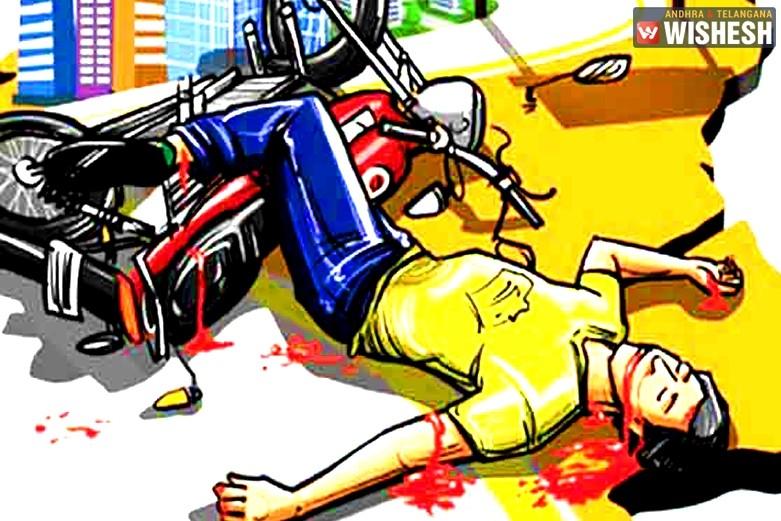 मोटरसाइकल दुर्घटनामा  कार्कीको मृत्यु