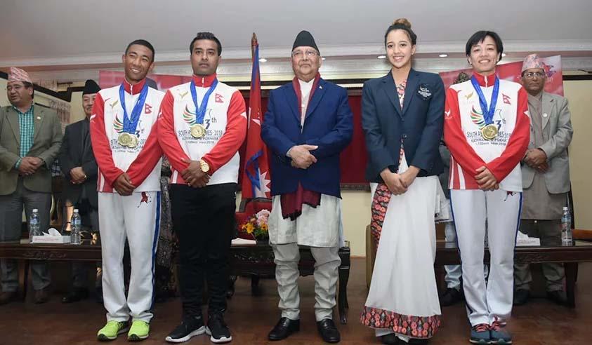 १३ औं दक्षिण एसियाली खेलकुद प्रतियोगितामा स्वर्ण पदक जित्ने खेलाडीलाई जनही ९ लाख रुपैयाँ :प्रधानमन्त्री ओली