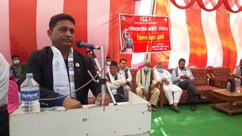 प्रधानमन्त्री केपि शर्मा ओली मधेसी जनताका प्रिय नेता : पुर्वमन्त्री रघुविर महासेठ ( फोटो फिचर सहित)