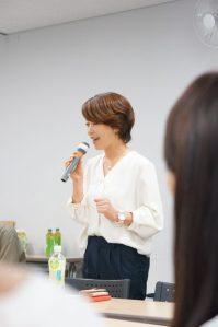 話し方教室 東京、埼玉、所沢 自己紹介セミナー開催の画像。ボイストレーニング、発声、コミニュケーションまでフリーアナウンサーが講師です。
