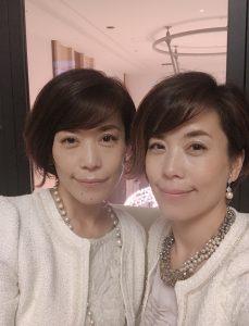 双子のフリーアナウンサー、スピーチトレーナー、コミニュケーションコーチ藤井千代美・藤井奈央美 浦和ロイヤルパインズホテルにて青島健太さんの決起大会司会のお仕事でした。