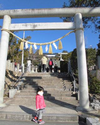 もちろん地元の神社にも行きましたよ。