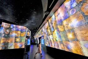 台北親子景點《台北市立天文館》太空探索遊戲場×台北一日遊×互動設施豐富又好玩!