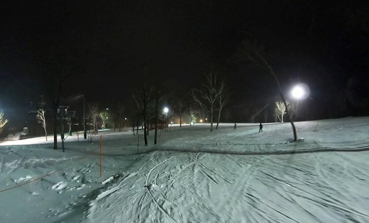 ニセコスキー場 ナイター 初級者コース 天気 リフト券割引 ホテル