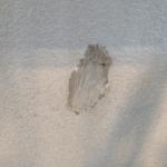【一条工務店】ある日突然壁に穴が!!原因は身近に潜んでいた