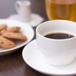ファミレスでコーヒーがシャツに。。。 でも店長の対応は紳士だった!