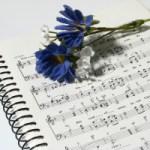 子どもの頃から慣れ親しんだ楽譜「読む」と「書く」では大違い!