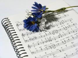 ジャズバイオリン「アドリブを書く宿題」は 辛いけど「いと楽し」