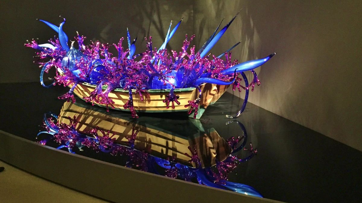 Inside a Chihuly Glass Art Exhibit - http://yula.ca
