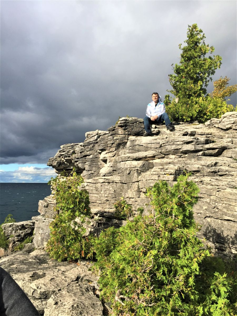 The Cliffs and Caves in Tobermory - http://yula.ca