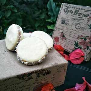 Bella Vanilla Caja de Bocaditos Alfajores x 10 Un