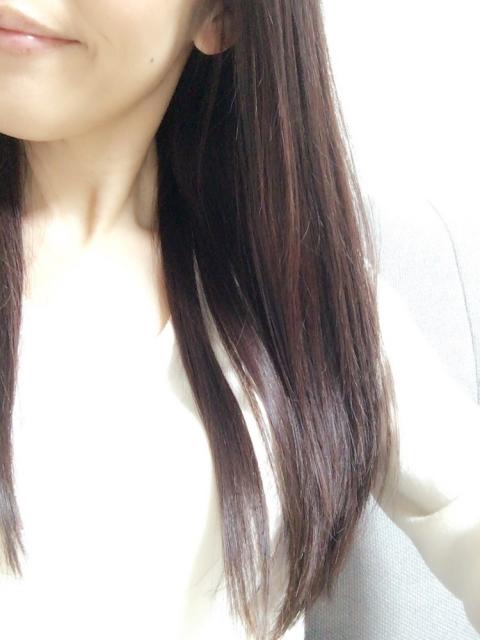髪を染めてきれいな仕上がりになる