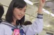 JR西日本さわやかマナーイメージガール駒井蓮がCMで優しい気配り!