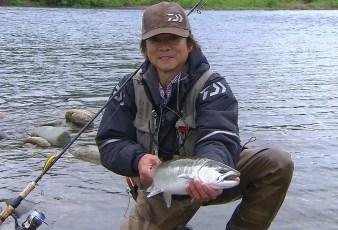 情熱大陸の釣り士・本波幸一の妻や子供は?仕事内容や生計と年収!