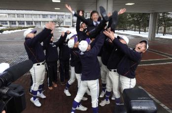 不来方高校が10人で2017選抜高校野球出場!偏差値や部活動は?