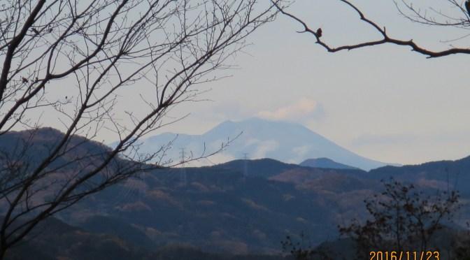 仙元山山頂からから見た「浅間山」