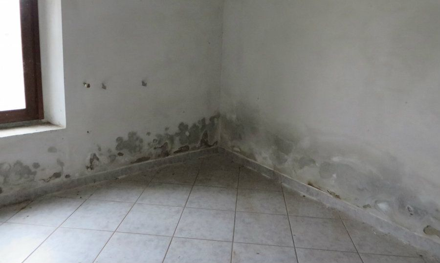 Come eliminare l 39 umidit di risalita capillare dai muri yume iniezioni - Come togliere l umidita in casa ...