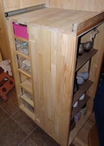 靴収納と収納棚