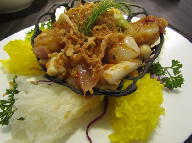 Braised seafood in spicy sauce