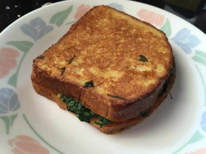 spinach egg toast