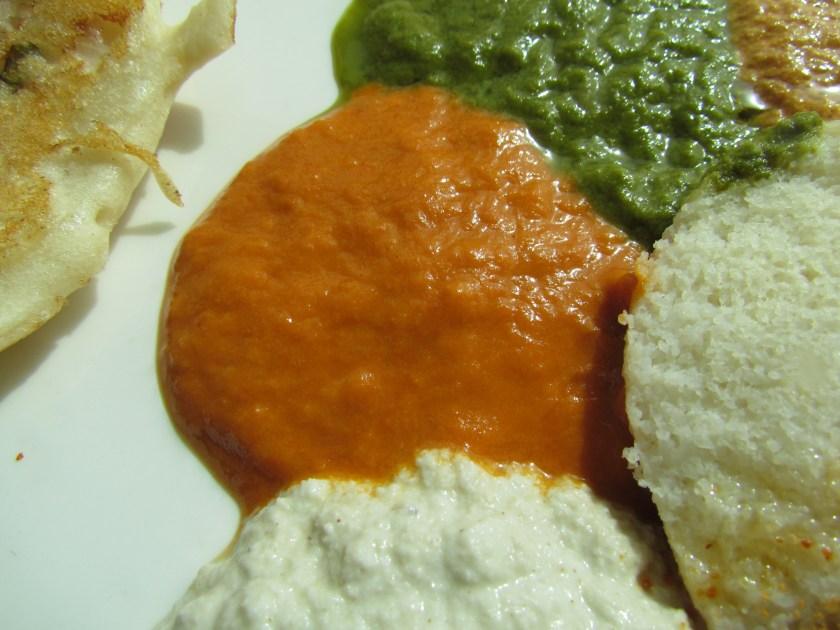 idli with 4 kinds of chutneys