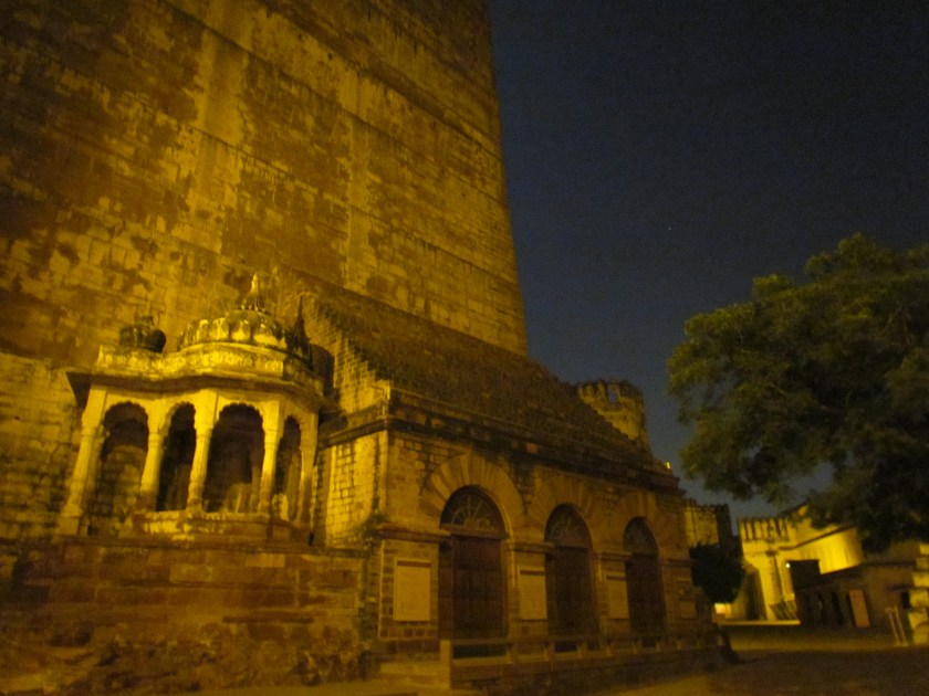 Entrance to the fort during night