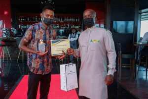 Kelvin and judge Brian Owango