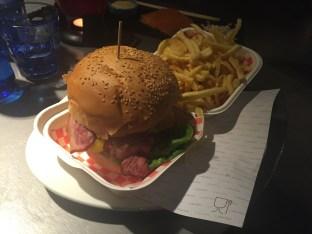 la barra tapas bar hamburguesa