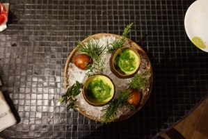 hoja santa gazpacho de aguacate
