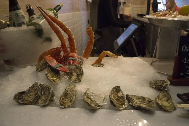 carta y platos del joel oyster bar