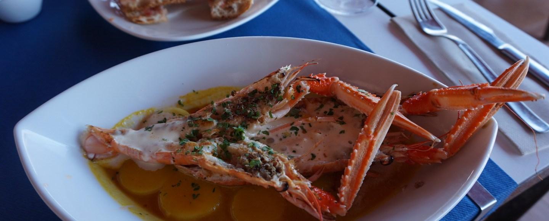 Cigalas con Patatas del restaurant Can Miquel (Cala Montgó) L'ESCALA