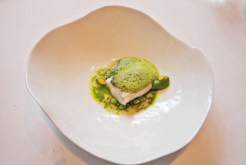 menu 2019 el celler de can roca restaurante Merluza semicurada