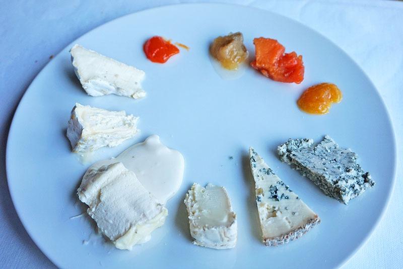restaurante les cols menú degustación quesos