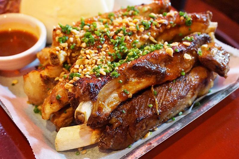 lucky road restaurante barcelona Tamarind BBQ Ribs
