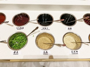 SLX Sichuan Hot Pot carta y platos restaurante
