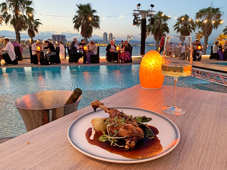 Cena en el restaurante del Hotel W