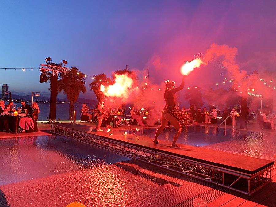 Cena The Bonfire Hotel W