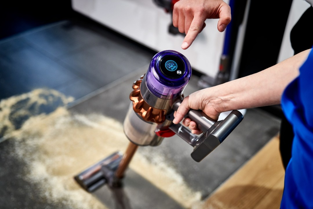 frontier-dyson-hand-vacuum-giveaway